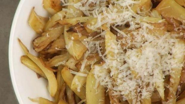 Salteado de hinojo y parmesano receta por brianna for Cocinar hinojo