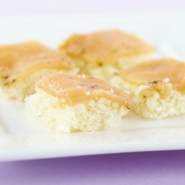 Canap s de salmon ahumado receta por miguel angel sales for Canape de salmon ahumado